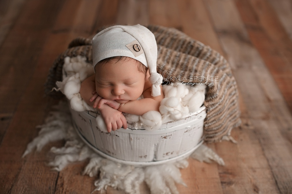 sweet newborn photographer
